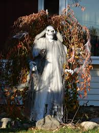 Unique Halloween Outdoor Decorations by Scary Halloween Yard Decorations Ideas U2022 Halloween Decoration