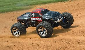 monster trucks nitro traxxas revo 3 3 4wd tqi 2 4ghz nitro r c truck rtr 53097 1