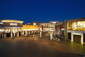 is the mall open thanksgiving four st louis area malls to close for thanksgiving fox2now com