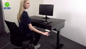Computer Im Schreibtisch Lian Li Dk 04 Stehtisch Für Computer Im Video