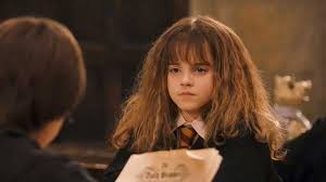 harry potter hermione hermione granger finally learned how to style curls in harry potter
