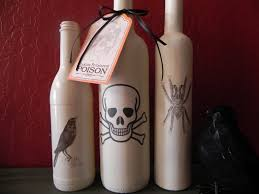 simple halloween crafts you can make using bottles