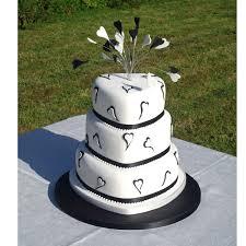 heart shaped wedding cakes wedding cakes with hearts atdisability