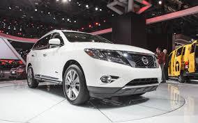nissan pathfinder 2017 white new york 2013 2014 nissan pathfinder hybrid is more efficient