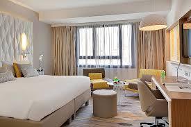 chambre d hotel dubai chambre d hotel dubai beautiful renaissance aix en provence hotel