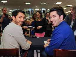 Drew And Jonathan Scott Get Ready The Property Brothers Are Heading To Texas Southern