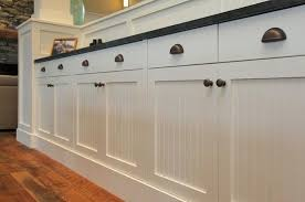 White Cabinets With Bronze Knobs And Cup Pulls I Think I Would Do - Bronze kitchen cabinet hardware