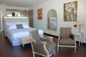 chambre des m騁iers ajaccio cala verghia suite privée hotels with a signature