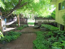 corner lot side yard landscaping simple side yard landscaping
