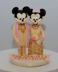 indian wedding cake toppers minnie mickey mouse indian attire wedding cake topper cake