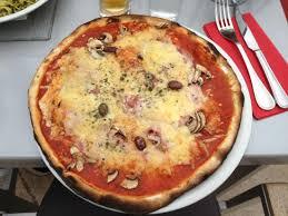 cuisine style cagne pizza picture of le jimmy s cagnes sur mer tripadvisor