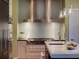 comfortable glass back splash on kitchen with neutral mosaic tile