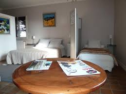 chambre d hotes brive la gaillarde chambre d hôtes le saleix bed breakfast in donzenac en corrèze