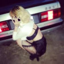 k pop js hyuna trouble maker photoshoot hyuna teases concept for trouble maker s comeback