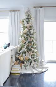 Easy Holiday Decorating Glam Christmas Living Room Tour Tips For Easy Holiday Decorating