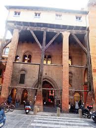 a casa bologna file bologna casa isolani 1 jpg wikimedia commons