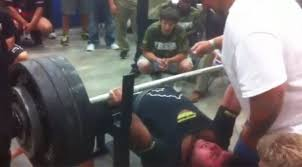 Powerlift Bench Texas High Schooler Breaks Powerlifting Record With A 700 Pound