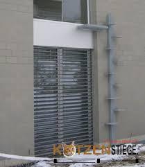 katzenleiter balkon lucky katzentreppe katzenleiter 3 1m für aussenwände kedi