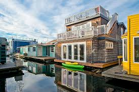 Sleepless In Seattle Houseboat by Seattle Houseboats Seattle Floating Homes For Sale