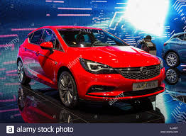 opel astra 2005 red opel astra stock photos u0026 opel astra stock images alamy