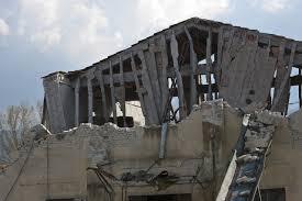 engineers making earthquake resistant buildings u0026 bridges