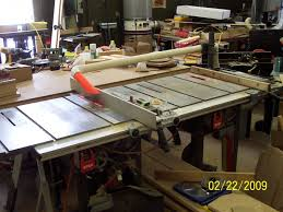 table saw vacuum dust collector table saw throws saw dust at me woodworking talk woodworkers