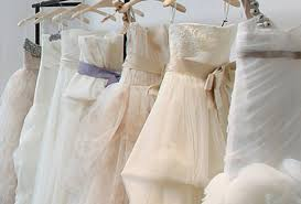 the rack wedding dresses what are the pros and cons of buying an the rack gown ewedding