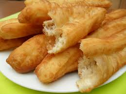 deep fried bread sticks banh gio chao quay vietnamese soul food