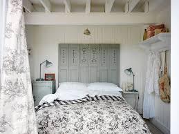 reclaimed wood headboard method south east beach style bedroom