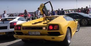 fake lamborghini vs real lamborghini diablo owner drifting the v12 supercar offers quick