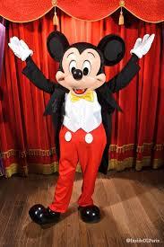 mickey minnie mouse debut disneyland paris