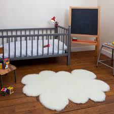 tapis chambre bébé tapis enfant pilepoil nuage blanc 90 x 130 cm fausse fourrure