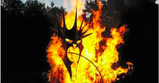 dragon fire pit check out this sauron themed fire pit