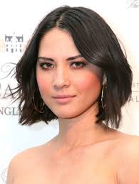 mun hairstyle cute short haircut alert check out olivia munn s choppy chin