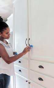 Touch Up Kitchen Cabinets How To Keep Those Painted Cabinets U201cbrite U201d And White With Scotch