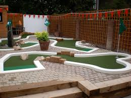 the ham and egger files urbancrazy minigolf course party in east