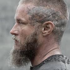 why did ragnar cut his hair vikings ragnar vikings pinterest ragnar and king ragnar