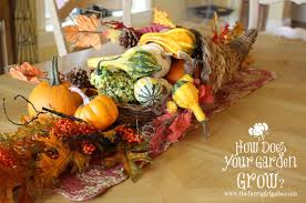 easy thanksgiving centerpiece ideas www thefarmgirlgabs