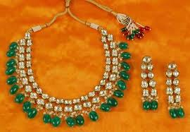 green color necklace set images Anniversary party golden hand made green color kundan jewelry jpg