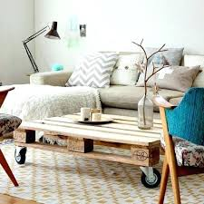 faire un canapé avec un lit faire un canape avec un lit agrandir les palettes se transforment en