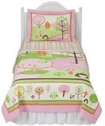 Circo Girls Bedding by Quilt Pink And Nature On Pinterest