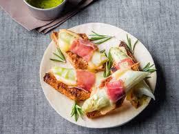 cuisiner asperges fraiches asperges blanches crème à la ciboulette recettes femme actuelle