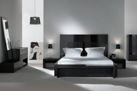 chambre à coucher blanc et noir décoration chambre noir et blanc exemples d aménagements