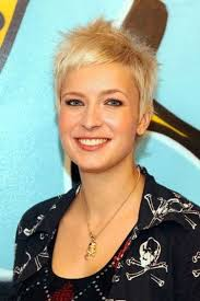 very short spikey hairstyles for women very short spiky blonde hairstyles life style by modernstork com