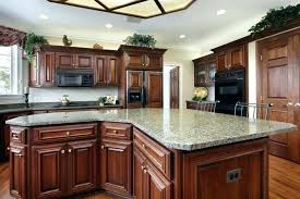 how to remove grease from kitchen cabinets removing grease from kitchen cabinets best way to remove grease from