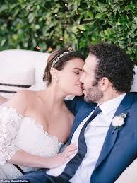 What To Wear To Backyard Wedding Idina Menzel Shares Pics Of Backyard Wedding To Aaron Lohr Daily