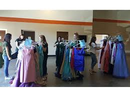 pinecrest academy high girls offer prom dresses for young