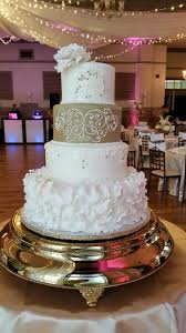 wedding cake top top tier wedding cakes wedding cake sanford fl weddingwire