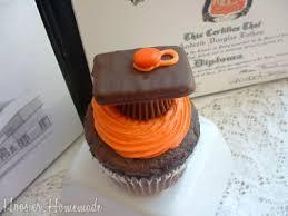 graduation cupcake ideas cupcake tuesday graduation cupcakes hoosier