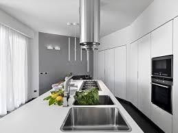 hotte d aspiration cuisine hotte industrielle et professionnelle 57 modèles adaptés à nos cuisines